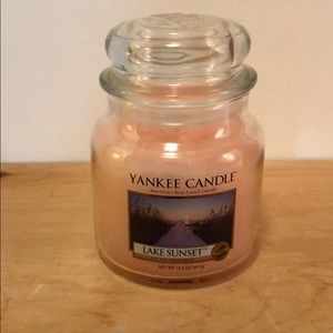 Lake Sunset Yankee Candle